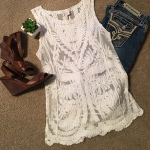 NWT Laundry Lace Shell S
